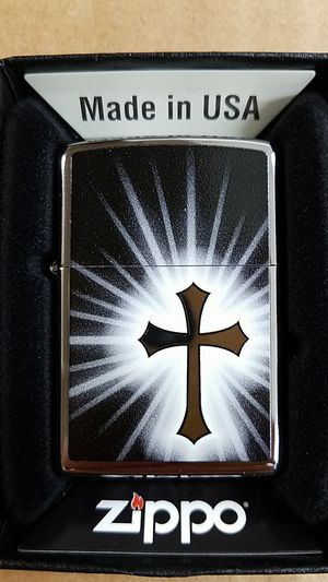 Zippo reflective cross high polished chrome 29074 for Sale in Los Angeles, CA