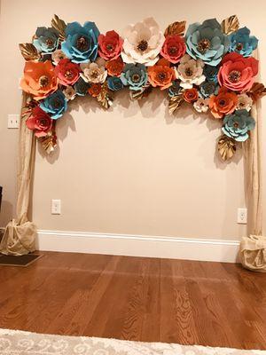 Big flower decoration for Sale in Shrewsbury, MA