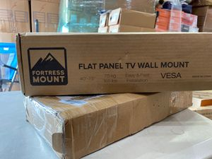 FORTRESS MOUNT FLAT TV WALL MOUNT for Sale in Los Angeles, CA