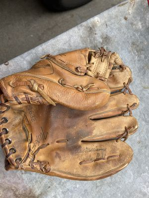 Ted Williams vintage baseball glove for Sale in Cerritos, CA