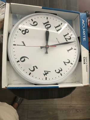 Brand new AcuRite Chaney Instrument Co. P9130 Indoor / Outdoor Pool Clock 12 Inch Face for Sale in Davie, FL
