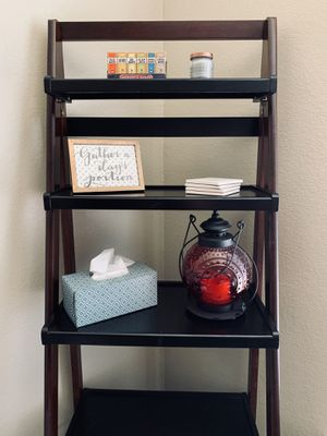 Pier 1 Collapsible Ladder Bookshelf for Sale in Fort Worth, TX