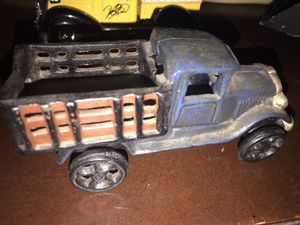 Cast iron truck old for Sale in Jefferson City, MO