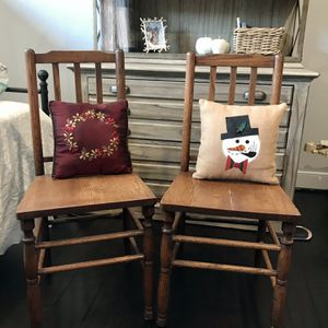 2 Vintage Chairs for Sale in Virginia Beach, VA