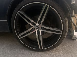 "19"" CLEAN SPEC-1 RIMS WITH GOOD TIRES for Sale in HALNDLE BCH, FL"