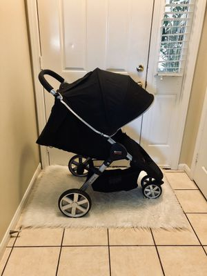 BRITAX STROLLER INCLUDES BAG ORGANIZER & CAR SEAT ADAPTERS for Sale in Riverside, CA