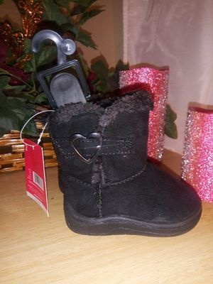 New toddler girl boots size 2 for Sale in Port Richey, FL