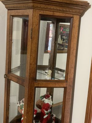 Figurine display cabinet (lighted) solid wood, Etched Mirrors very old very almost perfect shape for Sale in Wheat Ridge, CO