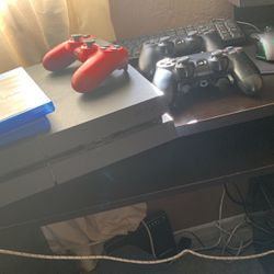 Ps4 Console for Sale in Los Angeles,  CA