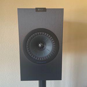4 X Kef Q350 + 1 X Kef Q650 + Onkyo TN NR-676 + Logitech Harmony Hub & Remote for Sale in Encinitas, CA