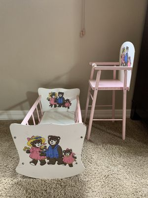 Vintage high chair and crib for Sale in Apache Junction, AZ