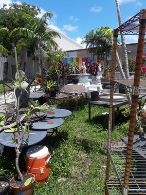 Patio and outdoor furniture for Sale in Oakland Park, FL