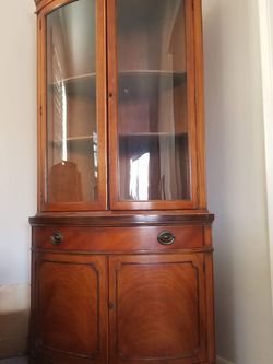 Drexel High Quality Corner Curio Display Case China Cabinet for Sale in Coarsegold,  CA