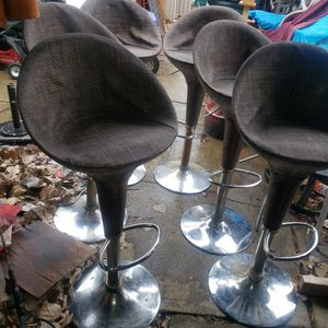 6 Rattan Bar Stools for Sale in Cleveland, OH