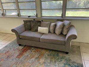 Gorgeous living room set for Sale in Pompano Beach, FL