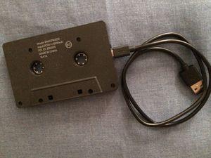 Adaptador de Cassette al MP3 con conexión inalámbrica for Sale in Santa Ana, CA