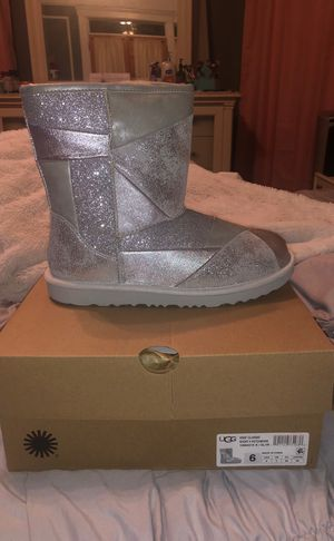 Kid's Classic Short Patchwork Silver UGGs for Sale for sale  Yonkers, NY