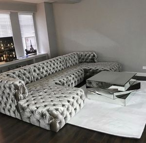 New tufted u shape sectional sofa for Sale in Miami, FL