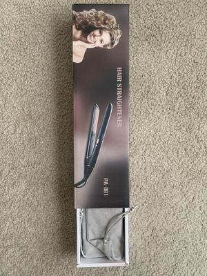 Hair straightner for Sale in Frederick, MD