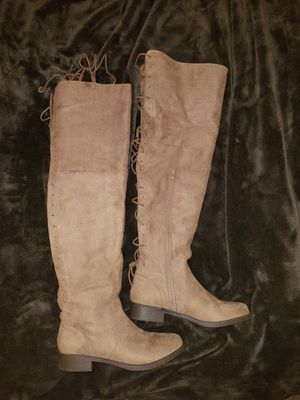 Womens thigh high size 10 boots for Sale in White Lake charter Township, MI