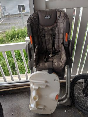 Baby high chair for Sale in Pleasant Grove, UT