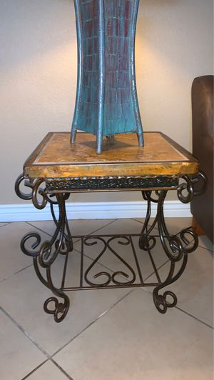 Side table for Sale in Fort McDowell, AZ