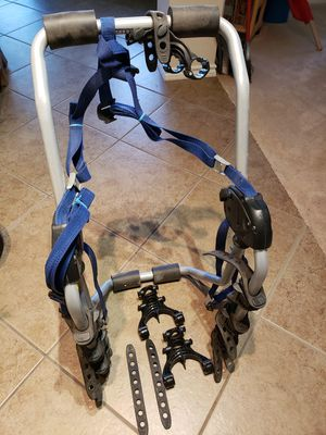Thule 962XT Speedway 3-bike. All parts and setting instructions included. Currently set for a PT Cruiser, but it's fully adjustable. for Sale in Kyle, TX