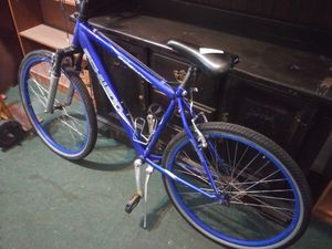 "26""Schwinn mountain bike for Sale in WARRENSVL HTS, OH"
