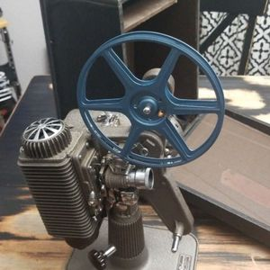 Vintage 1948 Revere eight Projector for Sale in Oakdale, CA