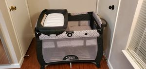 Graco quick connect portable crib for Sale in Los Gatos, CA