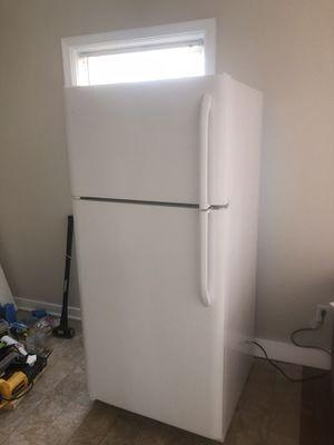 Frigadaire refrig/freezer for Sale in IND HBR BCH, FL