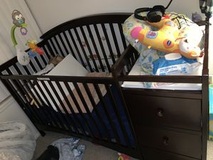Crib for Sale in Southgate, MI