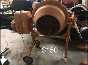 """Cement Mixer 3.5cu ft 15"""" Drum Opening 3.5amp for Sale in Smithfield, RI"""