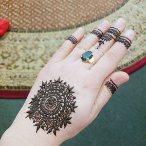 Henna designs by me for Sale in Montclair, VA