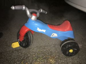 kids plastic bike for Sale in Columbus, OH