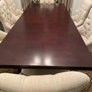 Macy's Solid Wood 96'' Dining Table With Removable 18'' Leaf PLUS 8 Linen Dining Chairs for Sale in Alpharetta, GA