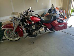 04 road King great bike for Sale in Fresno, CA