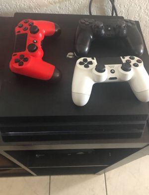 Like new ps4 with games for Sale in West Palm Beach, FL