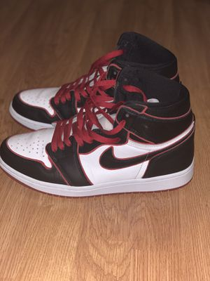 Jordan 1 bloodline with force fields and extra laces for Sale in Calistoga, CA