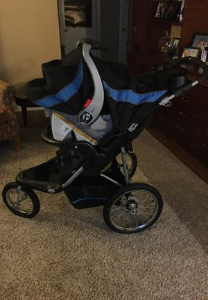 Baby trend car seat and stroller for Sale in High Point, NC