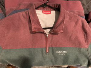 Supreme classic logo quarter zip for Sale in Lincolnwood, IL