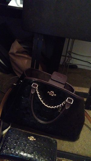 Coach purse and wallett for Sale in Rancho Cucamonga, CA