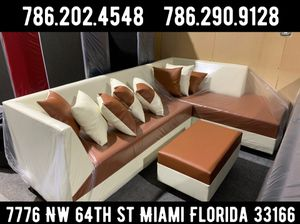 Brand new sectional couch for Sale in Miami, FL