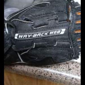 Nike Youth Baseball Glove for Sale in San Antonio, TX