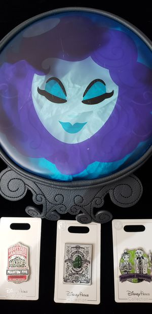Disney The Haunted Mansion Madame Leota Bag & Pins NWT for Sale in Fontana, CA