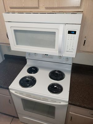 Full kitchen set (appliances) for Sale in Phoenix, AZ