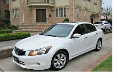 Super White. 2010 Honda Accord FWDWheels. for Sale in Baltimore,  MD