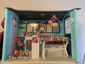 Our Generation Beach House for 18 inch dolls for Sale in Minneapolis, MN