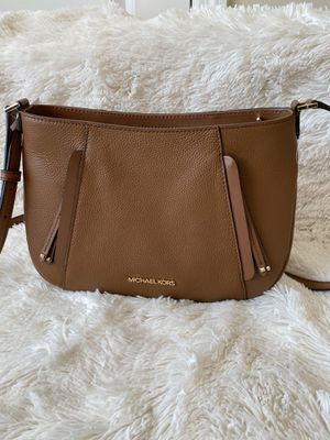 NWT Michael Kors messenger bag for Sale in Lakeville, MN
