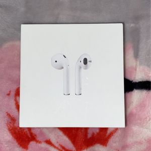 Apple White Air Pods 2nd Generation Earbud Earphone Headset with Charging Case for Sale in Wallington, NJ